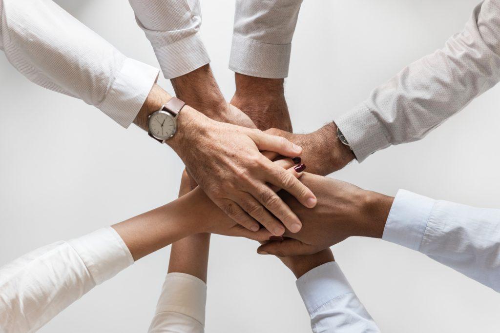 Team Leadership - Mains ensemble